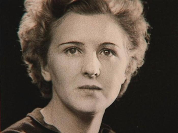 45-Eva Braun
