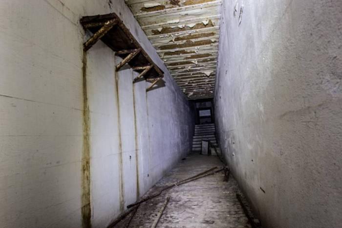 8-hitler bunker