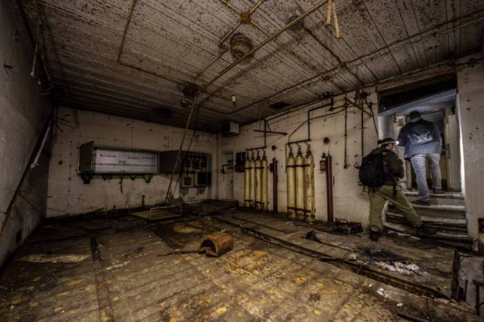 9-hitler bunker